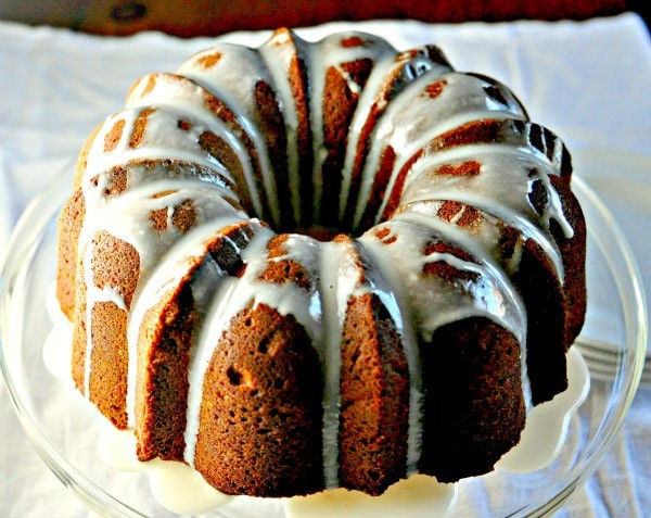 Easy Cream Cheese Pound Cake @loavesanddishes.net 1