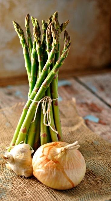 Asparagus a la Rachel @loavesanddishes.net