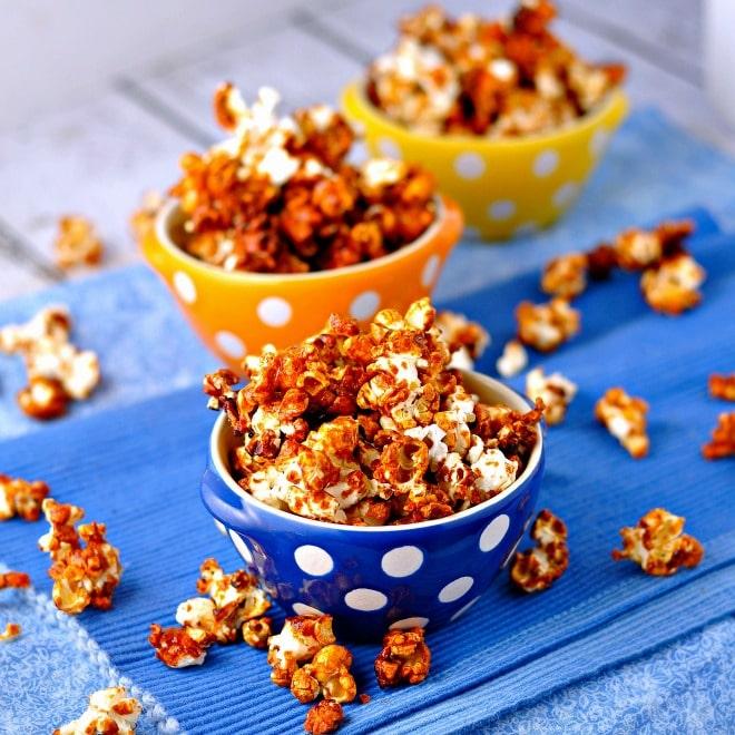 Freaky Hot Wing popcorn @loavesanddishes.net
