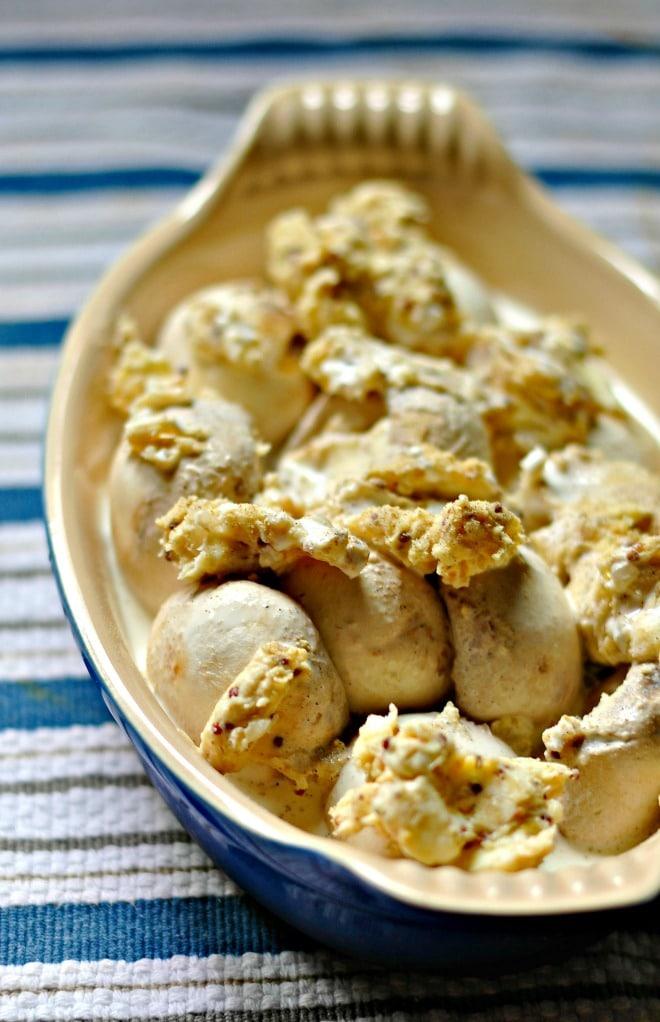 creamy mushrooms @loavesanddishes.net