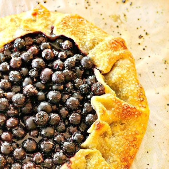 Rustic Blueberry Galette @loavesanddishes.net