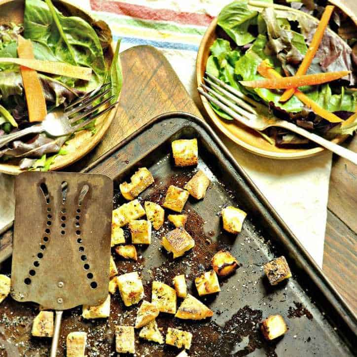 Italian Croutons from Scratch www.loavesanddishes.net