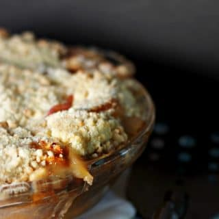 Old Fashioned Peaches and Cream Pie
