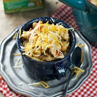 cheesy chicken chili mac @www.loavesanddishes.net