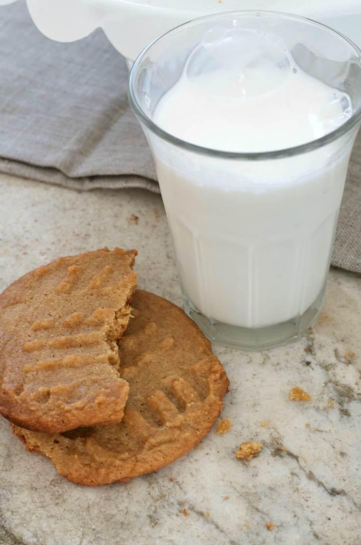 Irresistible Peanut Butter Cookies