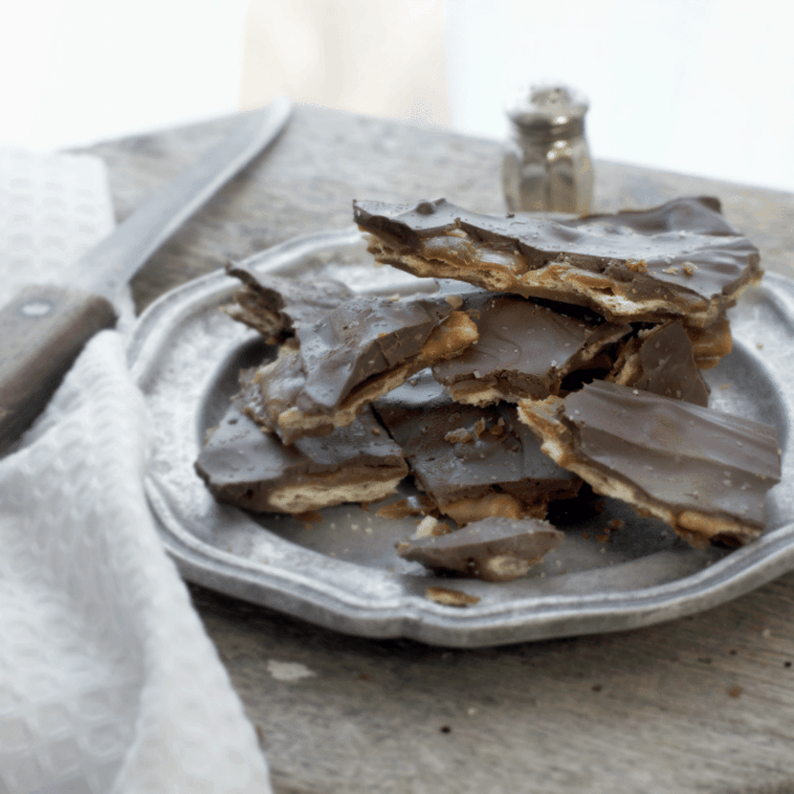 Blissful Salted Chocolate Bark That Will Make You Smile