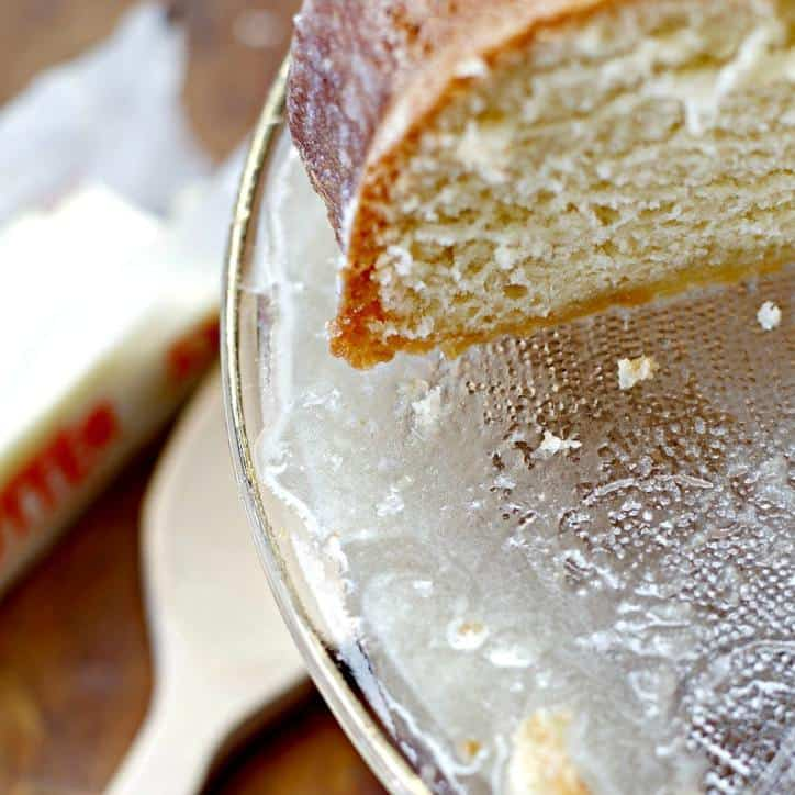 4-760-kentucky-butter-cake