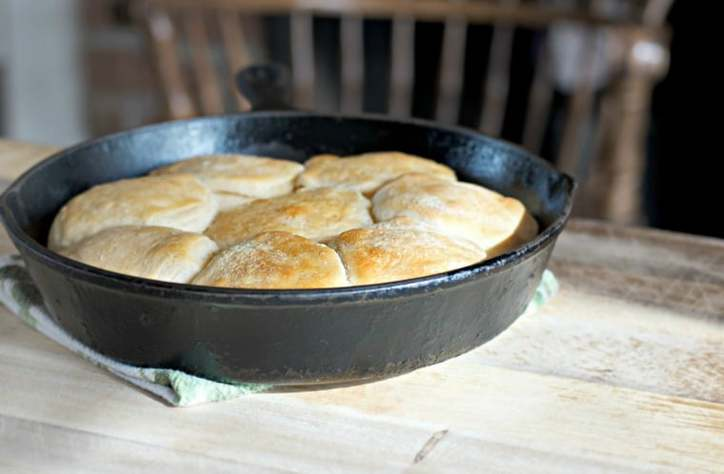 Super Easy and Quick 10X Canned Biscuits in only 30 secs or less. Buttery flaky soft crunchy and delicious.
