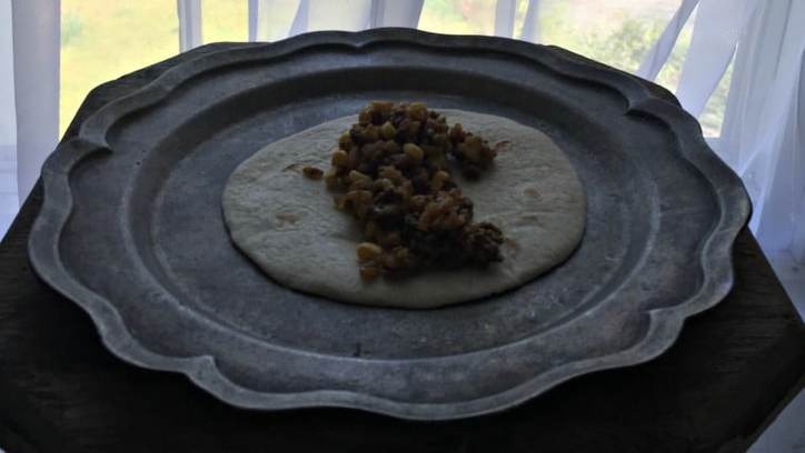 Step 2Easy 15 minute Beef and Rice and Corn Burrito