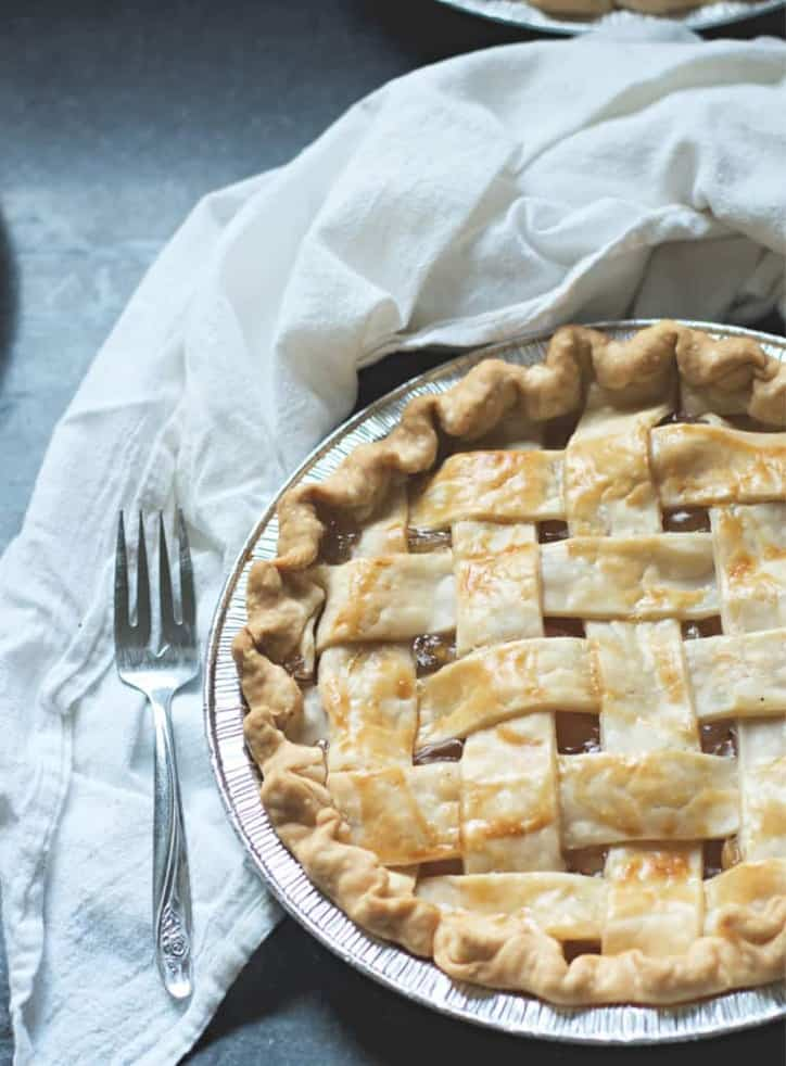 A look at the lattice top of a apple pie How to Make Apple Pie with Apple Pie Filling