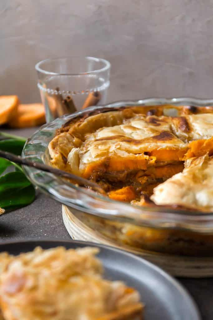 The layers of the sweet potato cobbler