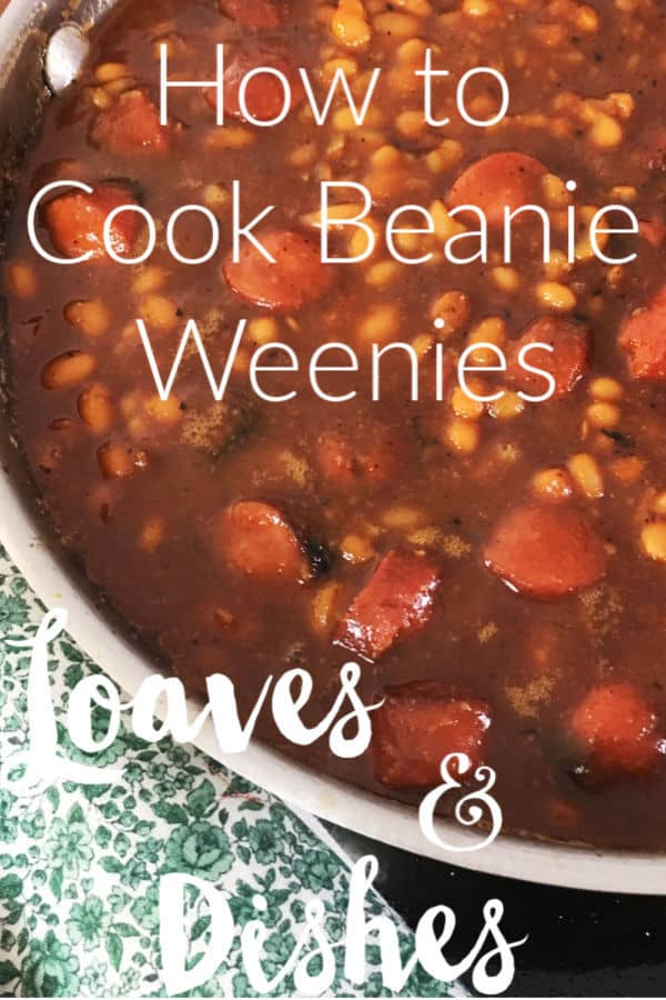 This recipe for how to cook beanie weenies is a classic using molasses, spices and all the best ingredients.  The post gives instructions for slow cooker and crockpot as well as oven beanie weenies.  You'll be cooking like the Pioneer Woman or Paula Deen in no time at all. #recipe #beanieweenie #porkandbeans #picnic