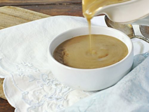 HOW TO MAKE GRAVY WITH CORNSTARCH