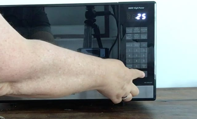 Hand punching in 25 seconds on microwave