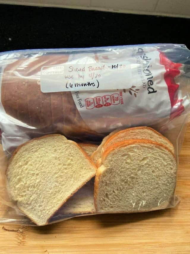 Bread and a plastic bag with bread