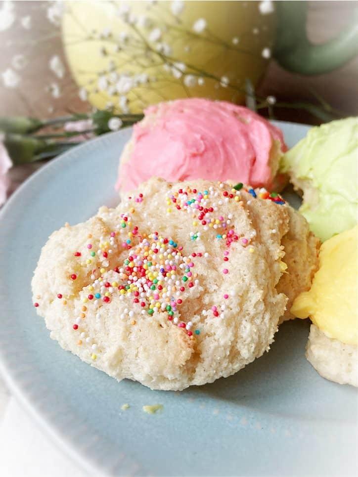 cookie with sprinkles